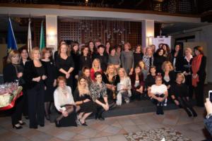 Foto di gruppo al femminile